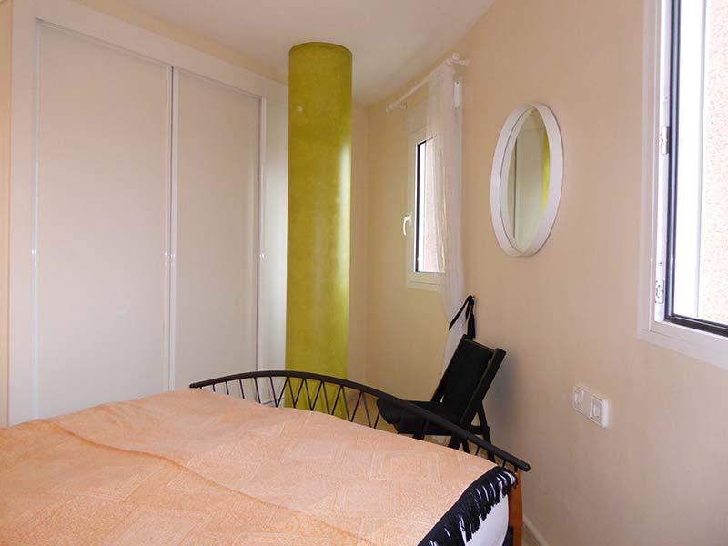 schlafzimmer-2-klein - Ferienwohnungen Ibiza & Grainau
